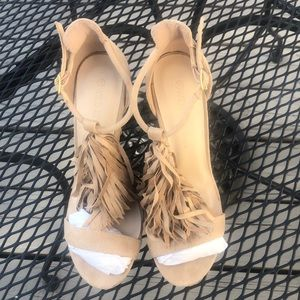 Tan Heel With Fringes